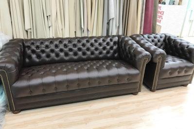 leather-sofa-tufted